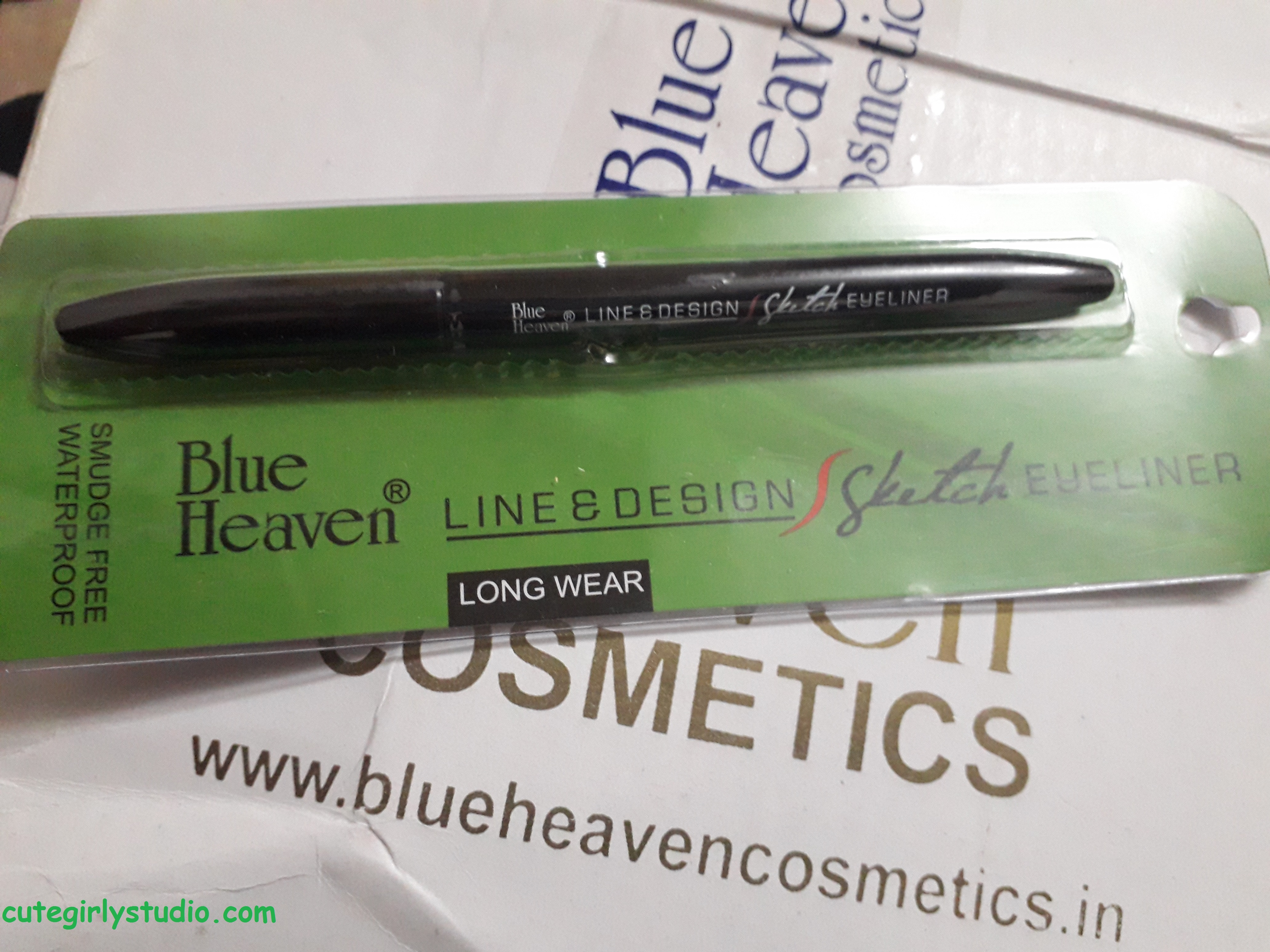 blue heaven sketch eyeliner