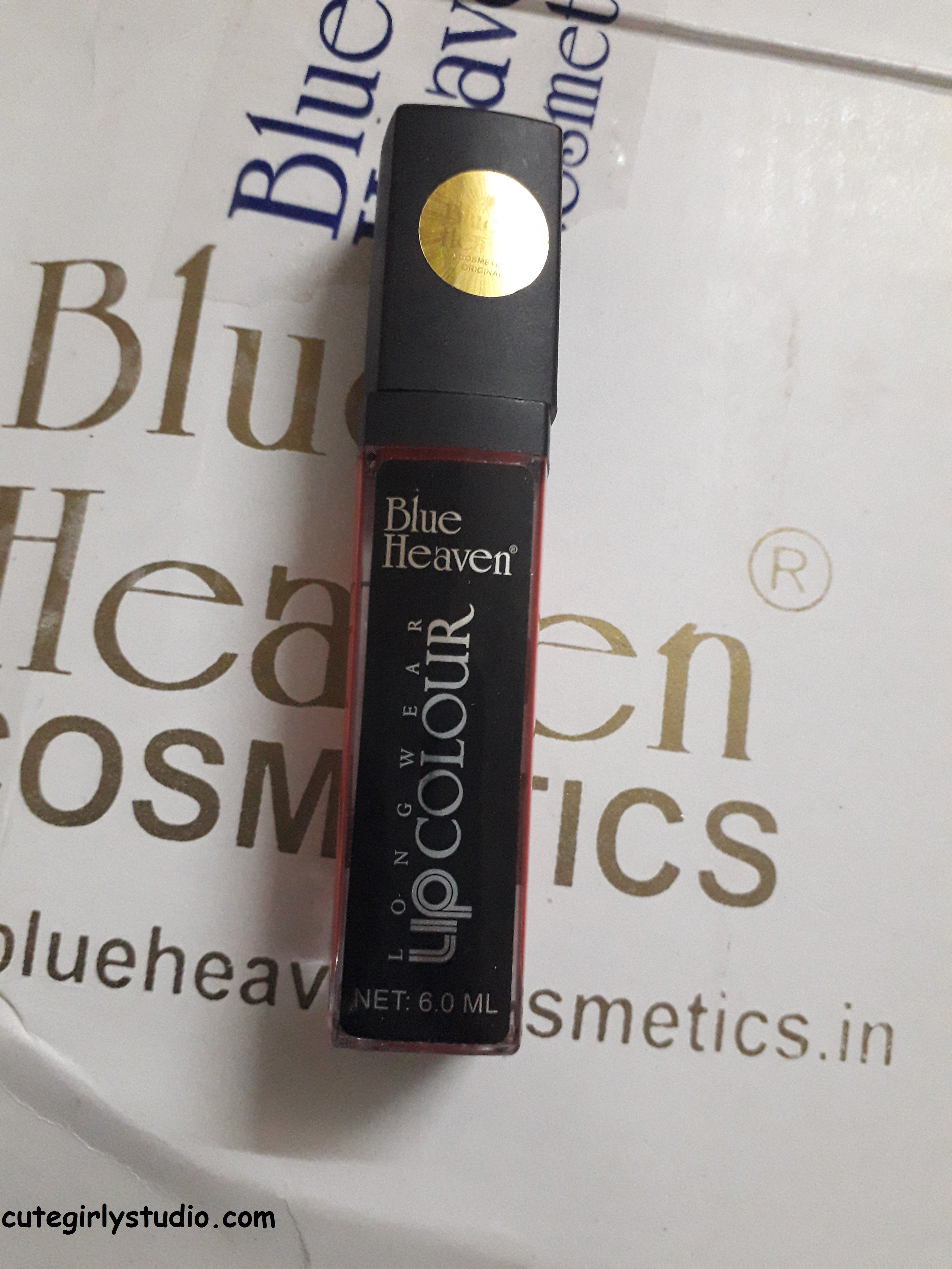 blue heaven lip colour
