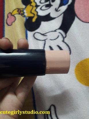 Blue heaven xpression makeup stick review - Pink glow(06)